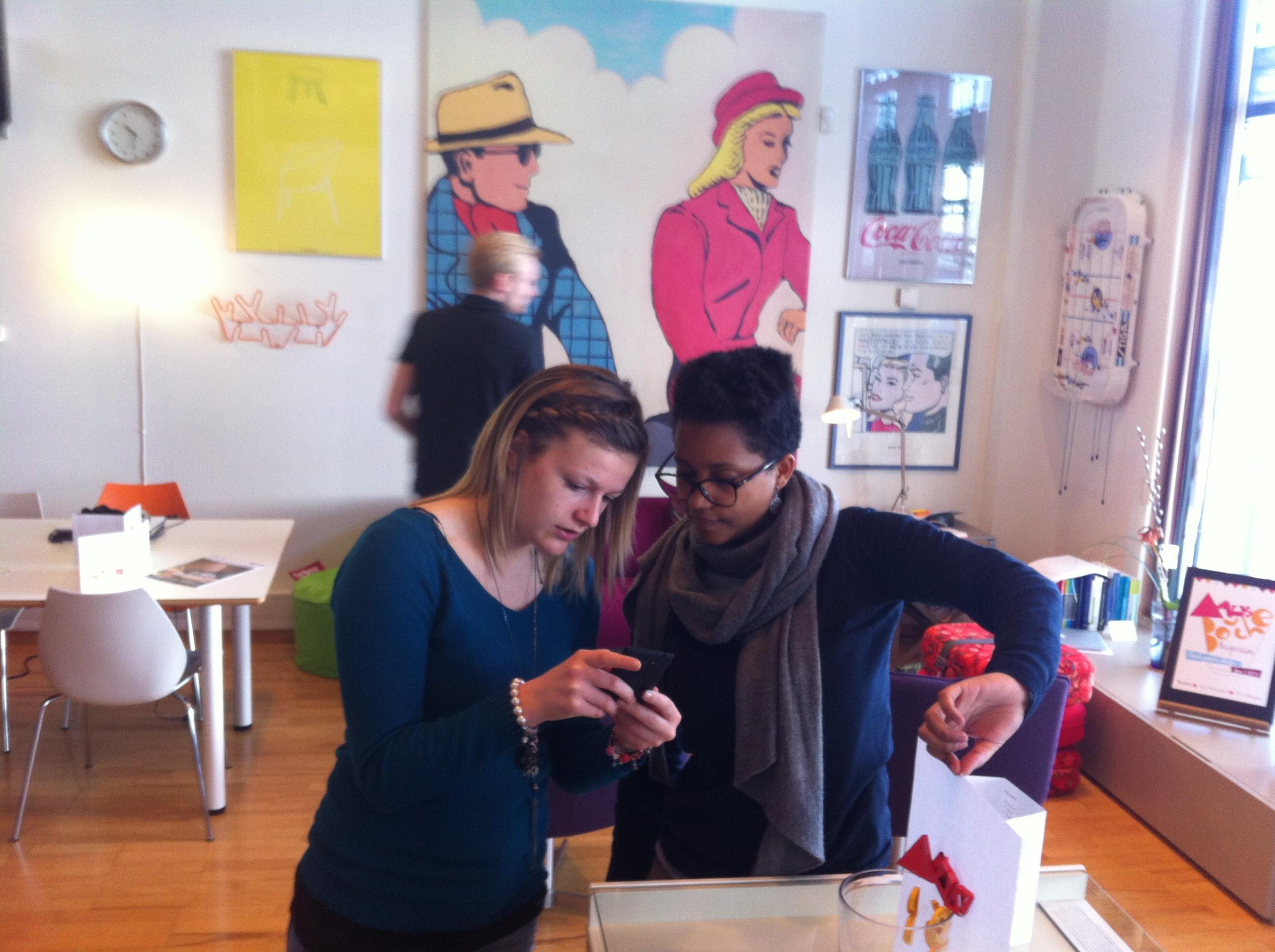 Våra praktikanter Prisca och Emilie tackar för sig