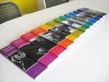 Bild på 12 böcker i bokserien Forskning i fickformat, för SIR, Handelshögskolan i Stockholm, och PwC